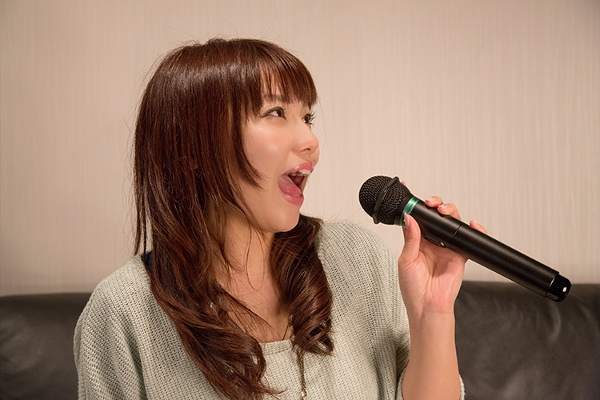 カラオケでよく唄われるバラードといえばこの5曲(女性編)